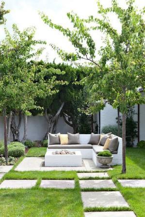 18 необычных применений старых кирпичей в вашем саду